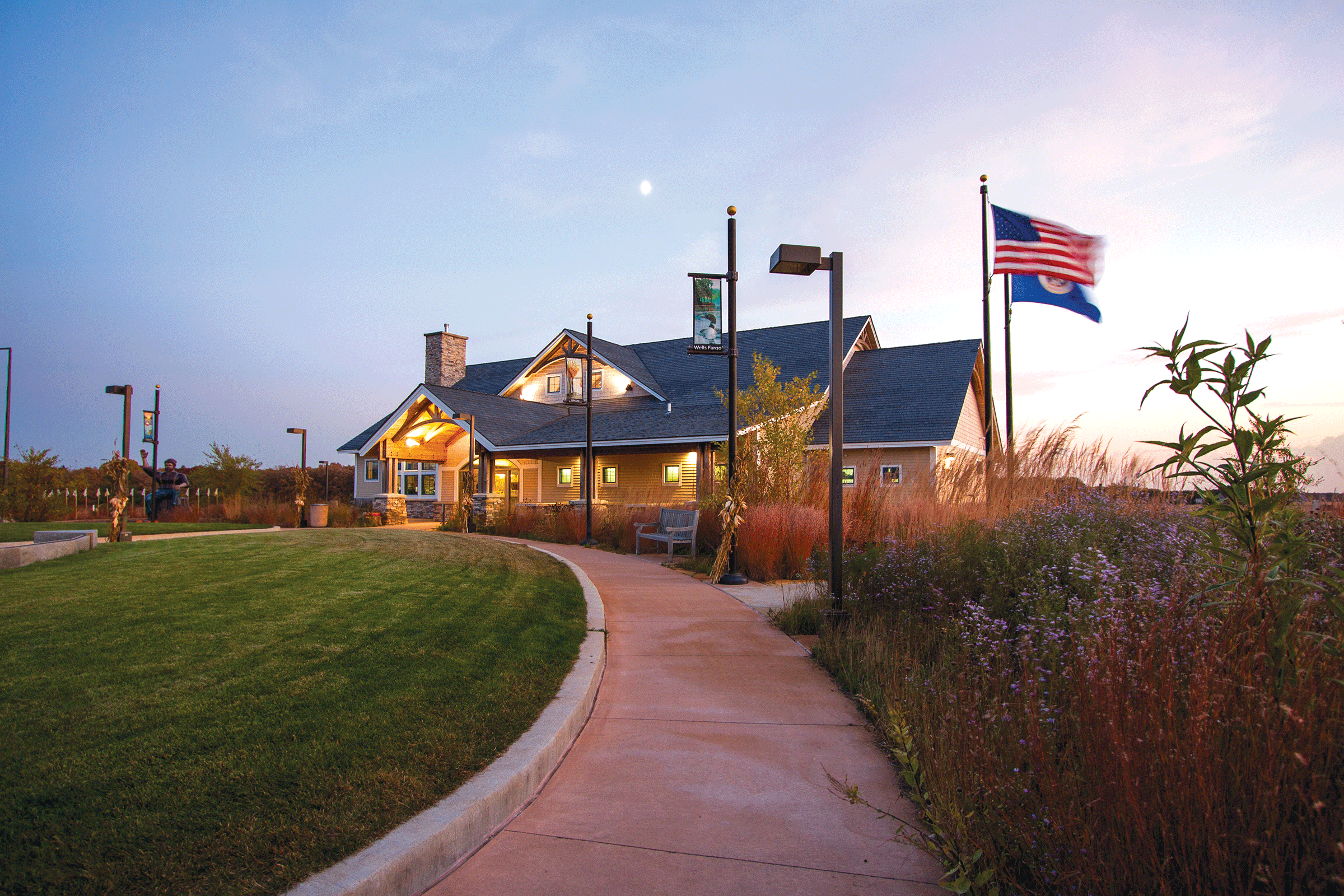 Explore Brainerd Lakes Welcome Center