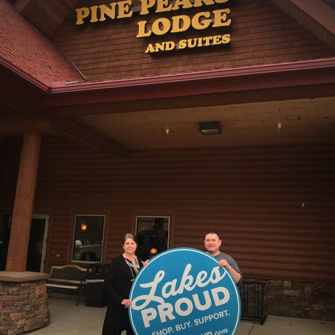 Lakes Proud Business Pine Peaks Lodge and Suites